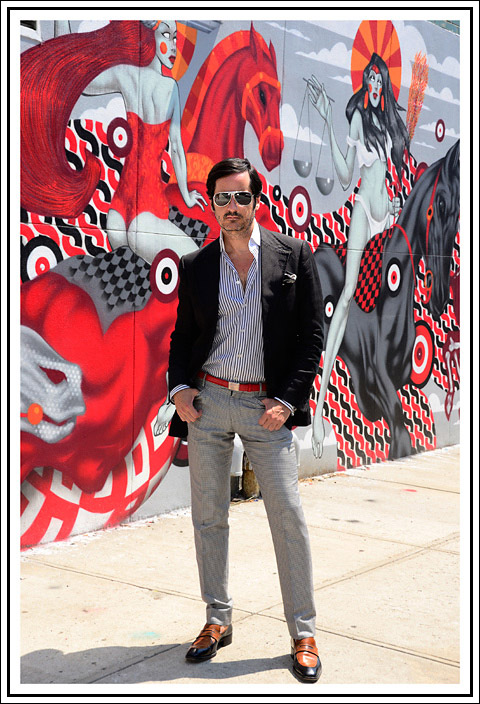 James Andrew with a mural by Tristan Eaton - photo by Gabriel Everett