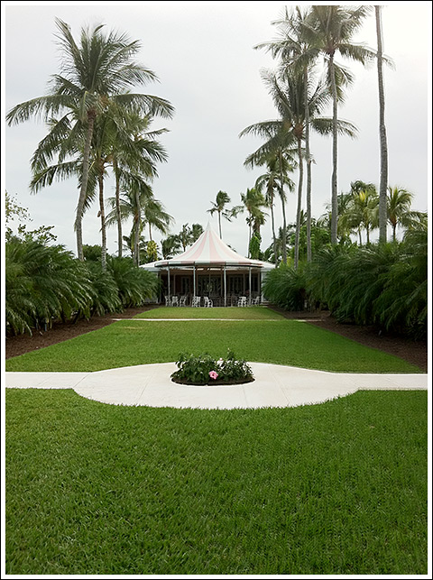 "Tented ""Little Club"" dining pavilion at Lyford"