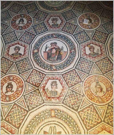 Villa del Casale- mosaic detail